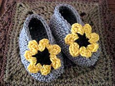 Ravelry: Cheery Cotton Baby Shoes pattern by Kathy North