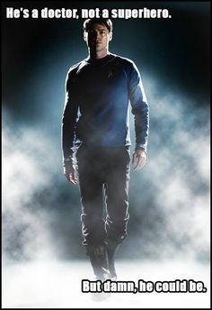Doctor McCoy Star Trek 2009, New Star Trek, Star Wars, Star Trek Tos, Stephen Hawking, Be My Hero, Star Trek Movies, Starship Enterprise, Karl Urban