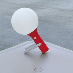 This small portable lamp is powerful enough to be used on a balcony, in the basement or at the park.