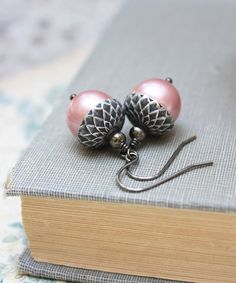 These are sweet pink and silver acorn drop earrings! ! These silver dangle earrings are pink swarovski glass pearls and the acorn top is antique