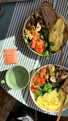 Healthy Snacks, Healthy Eating, Healthy Recipes, Good Food, Yummy Food, Think Food, Food Goals, Food Is Fuel, Cafe Food