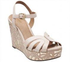 c5fae190a165 Clarks Nude Amelia Page Leather Sandal