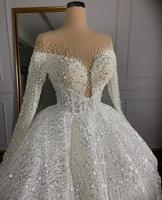 White Wedding Gowns, Wedding Gowns With Sleeves, Luxury Wedding Dress, Long Sleeve Wedding, Cheap Wedding Dress, Event Dresses, Bridal Dresses, Nice Dresses, Fiestas