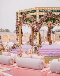 Wedding Set Up, Plan My Wedding, Floral Wedding, Wedding Prep, Desi Wedding, Wedding Goals, Hotel Wedding, Wedding Ideas, Big Fat Indian Wedding
