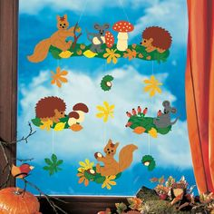 Fensterbild Fleißige Waldbewohner