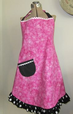 Hot pink and black reversible full apron by jbuskey on Etsy, $30.00