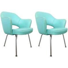 Pair of Vintage Eero Saarinen Executive Chairs by Knoll