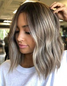 Trendy Look of Balayage Hairstyle for Short Hair Balayage Hair Blonde Balayage Hair Hairstyle Short Trendy Balayage Hair Blonde, Balayage Hairstyle, Brown Balayage Bob, Dark Roots Blonde Hair Balayage, Subtle Blonde Highlights, Balayage Lob, Dark Blonde, Short Hair Styles, Natural Hair Styles