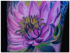 When it comes to floral tattoos, no other Eastern flower compares to the popularity of the famous lotus tattoo. The lotus has been symbolized in a variety of different ways throughout history. The lotus is very common in Eastern cultures. Men Flower Tattoo, Lotus Flower Tattoo Design, Flower Tattoo Meanings, Flower Tattoo Shoulder, Lotus Design, Tattoo Flowers, Buddhist Symbol Tattoos, Buddhist Symbols, Hindu Tattoos