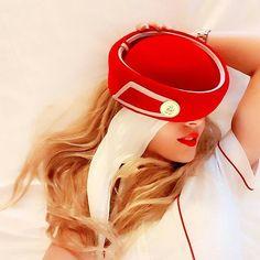 Emirates stewardess crewfie @heelsonthewheels