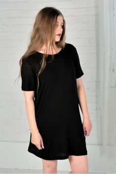The perfect basics line from Sustain Luxury. Organic Cotton/Bamboo that is designed, made and milled in Canada.