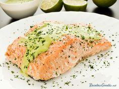 Aprende a preparar salmón al cilantro con esta rica y fácil receta.  Para preparar esta deliciosa y sana receta de salmón los primero que debes hacer es precalentar...