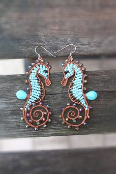 Seahorse earrings turquoise marine animals di SusyDeMarchiJewelry, €60.00