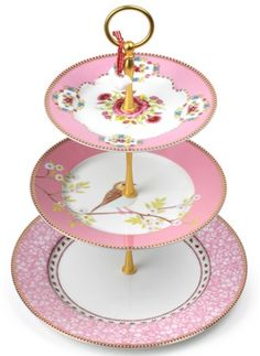 gorgeous porcelain cake stand  http://rstyle.me/n/jj82hpdpe Pip Studio