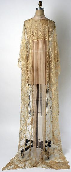 <3 Vintage Fashion: 1920s [{Negligée} DATE: 1920s CULTURE: American or European MEDIUM: n/a CREDIT: The Metropolitan Museum of Art, Gift of Mrs. Albert Gallatin, 1967.]