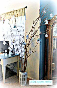 Twelve Under $3 Christmas Decorating Ideas