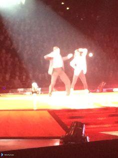 Jay e @AlionaVilani na turnê do Strictly em Birmingham, na Inglaterra. (via @SmithyTabs) (24 jan.)
