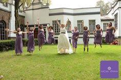 Un aplauso a este divertido #momentoCocoa ! Herandi, muchas gracias por hacer posible este hermoso y divertido momento. Fue un verdadero honor haber formado parte de él. Se ven increíble todas brincando, con su vestido color #lavanda #vestidos #damasdehonor  #bridesmaids