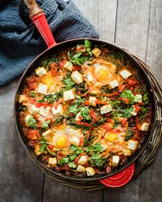 Lazy weekend mornings are made for homemade brunches like this Sweet Piquanté Pepper Shakshuka with Spinach & Feta. Egg Recipes, Dinner Recipes, Shakshuka Recipes, Spinach And Feta, Brunches, Poached Eggs, Mornings, Lazy, Spicy