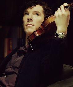 Sherlock playing violin ! Love it !
