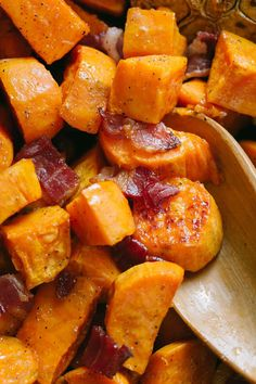 Make Roasted Sweet Potatoes and Bacon once and you'll make them over and over. This roasted sweet potato recipe is sweet, salty, savory and holiday worthy. Sweet Potato Skins, Sweet Potato Soup, Mashed Sweet Potatoes, Sweet Potato Casserole, Savory Sweet Potato Recipes, Bacon Potato, Bacon Recipes, Veggie Recipes, Dinner Recipes