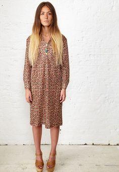 VINTAGE 70S ETHNIC PRINT SHIFT DRESS