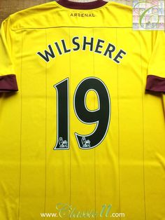 Relive Jack Wilshere's 2010/2011 Premier League season with this vintage Nike Arsenal away football shirt.