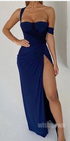 - Sexy Unique Side Slit Mermaid Long Prom Dresses, Source by naidadjodjic - Club Dresses, Sexy Dresses, Beautiful Dresses, Evening Dresses, Long Dresses, Flowy Prom Dresses, Unique Formal Dresses, Beautiful Live, Sexy Long Dress