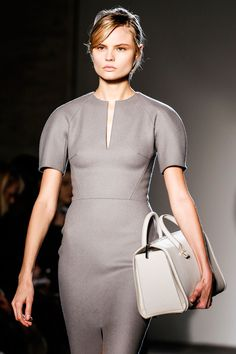 Victoria Beckham Fall 2013 RTW - Grey felt wool structured dress, pic3