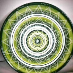 Artigianato sardo: Le ceramiche #Entos sono realizzate #aregoladarte. Questa in particolare riprende i bellissimi motivi decorativi che ornano la facciata di #sanpietrodisorres. @entos.ceramiche @igers_sardegna #creatoadarte #ceramiche #artigianato #artigianatosardo #sardegna - via http://ift.tt/1zKqJ1x