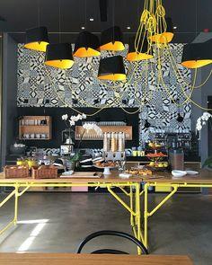 Projeto descolado, divertido, incomum! | Hotel Schani | Quartier Belvedere | Wien #uniquefinds #trendy #hotspot #hotel #cool #smart #modern #design #triptips #innovative #wien #funny #colors #divertido #diferente #único #foradocomum #instaworld #moderninho #descolado #original #viena #registros #vienna #gipsyheart #RDicas #RDphotos #beglobal #gipsysoul #gipsyheart