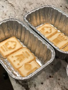 This upgraded banana pudding recipe uses chessman cookies and creme liqueur to make an amazing dessert. So good, you'll want to eat the whole pan! Banana Pudding Chessman Cookies, Banana Pudding Recipes, Cookie Desserts, Fun Desserts, Dessert Recipes, Dessert Cookbooks, Dessert Salads, Biscuits, Recipes