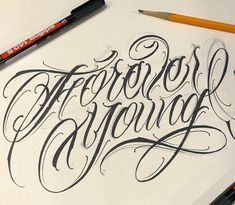 Chicano Tattoos Lettering, Tattoo Lettering Styles, Graffiti Lettering Fonts, Tattoo Design Drawings, Tattoo Script, Lettering Design, Tattoo Designs, Typography, Fancy Writing