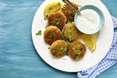 From Croquettes to Fajitas: 5 Finger Food Recipes - The Healthy Fish Fish And Meat, Fish And Seafood, Canned Tuna Recipes, Cooking Recipes, Fish Croquettes Recipe, Greek Recipes, Fish Recipes, Fajitas, Ricotta