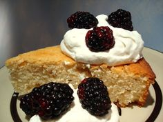 Unbelievable White Cake from Marlene Koch. Simply love her low carb, diabetic . - Unbelievable White Cake from Marlene Koch… Simply love her low carb, diabetic friendly recipes… - Diabetic Cake Recipes, Diabetic Friendly Desserts, Healthy Recipes For Diabetics, Diabetic Foods, Healthy Cooking, Healthy Foods, Homemade White Cakes, Yogurt Cake, Low Carb Sweets