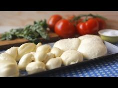 Rezept: Käse selber machen -- Mozzarella - Allrecipes Deutschland - YouTube