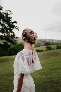 Rustic Romance Wedding Inspiration With Beautiful Flowers - Polka Dot Bride