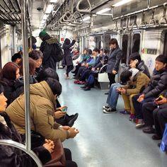 #seoul #metro by @koreaphotodiary