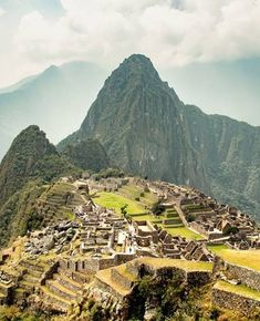 Machu Picchu - Peru #tourismstrong ✅ 𝑰𝒏𝒃𝒐𝒙 𝒖𝒔 𝒇𝒐𝒓 𝑨𝑴𝑨𝒁𝑰𝑵𝑮 😎 𝒉𝒐𝒍𝒊𝒅𝒂𝒚𝒔 𝒂𝒏𝒅 𝒘𝒆𝒆𝒌𝒆𝒏𝒅 𝒈𝒆𝒕𝒂𝒘𝒂𝒚𝒔 ✅ Hit 👊 Like 👍 if you Love ❤️ to travel ✈️ #leisureonlayby #smartestwaytotravel #layby #interestfree #holiday #vacation #travel #weekend #lolnow #lol 𝑳𝒊𝒗𝒆 𝒂 𝒍𝒊𝒕𝒕𝒍𝒆 𝑳𝑨𝑹𝑮𝑬𝑹! Live A Little, Vacation Travel, Machu Picchu, Weekend Getaways, Peru, Larger, Vineyard, Tourism, Holidays