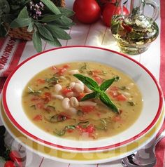 Toszkán bableves Hungarian Recipes, Hungarian Food, Eat Pray Love, Soups And Stews, Cheeseburger Chowder, Thai Red Curry, Feta, Soup Recipes, Food And Drink