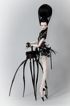 Fascinating, Fashion Inspired Handmade Dolls by Sisters Popovy | aricoozo