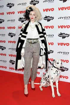Iggy Azalea accessorized her evil costume perfectly with a super cute Dalmatian.    - Seventeen.com