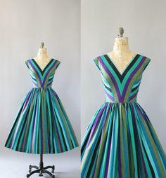 https://www.etsy.com/listing/288689797/vintage-50s-dress-1950s-cotton-dress