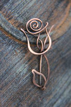 Nouvelle addition à la collection « Blooming ». Rose, Reine des fleurs ! Contemporain, mais chic, minimaliste mais décoratif ! Pin est presque de
