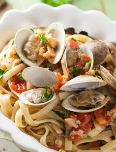 Banana peppers, fresh tomatoes, clams, and wine make this Tuscan Clam Sauce absolutely addictive and delicious! A top pasta recipe of all time! Yummy Pasta Recipes, Seafood Recipes, Cooking Recipes, Healthy Recipes, Mussel Recipes, Roasted Banana, Clam Sauce, Seafood Pasta, Seafood Dishes