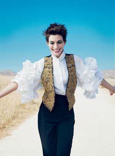 Anne Hathaway - Photographed by Annie Leibovitz, Vogue, December 2012