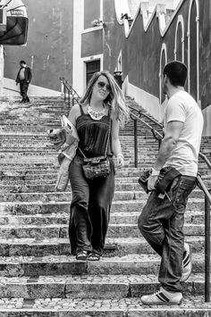 https://flic.kr/p/vwCvj8 | Meeting on the Steps | Lisbon Portugal June 2013
