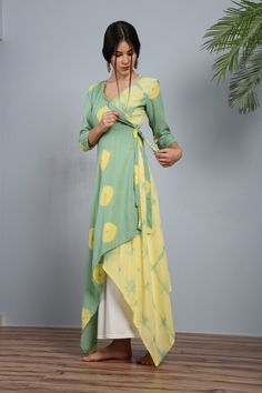 Peshwa pastel angrakha - tie and dye tunic Simple Kurti Designs, Kurta Designs Women, Kurti Neck Designs, Kurti Designs Party Wear, Blouse Designs, Kurtha Designs, Stylish Dresses, Simple Dresses, Fashion Dresses