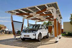 Навес для подзарядки автомобиля на солнечной батарее