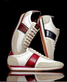 Tom ford nails it again Brown Sneakers, High Top Sneakers, Golf Fashion, Mens Fashion, Mens Trainers, Embossed Logo, Sports Shoes, Shoe Box, Tom Ford